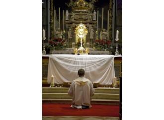 Adorazione eucaristica Riscoprire  La Presenza